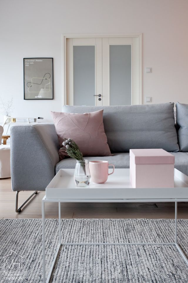 metallic-grey-and-bold-pink-home-decor-ideas-20