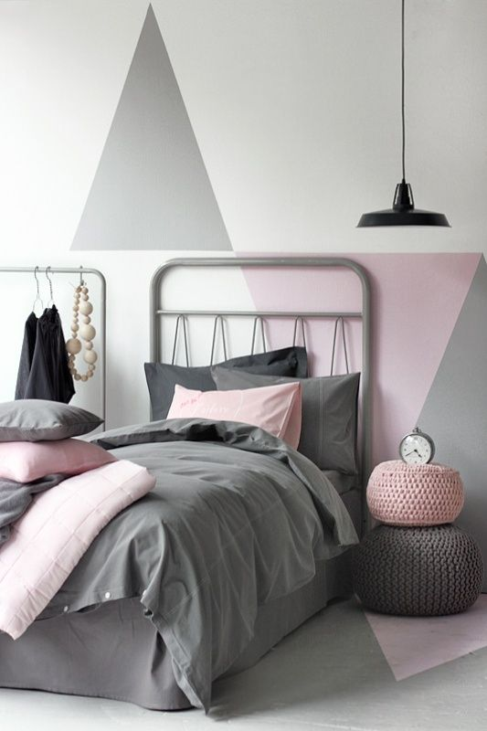 metallic-grey-and-bold-pink-home-decor-ideas-26