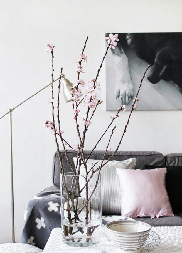 metallic-grey-and-bold-pink-home-decor-ideas-8