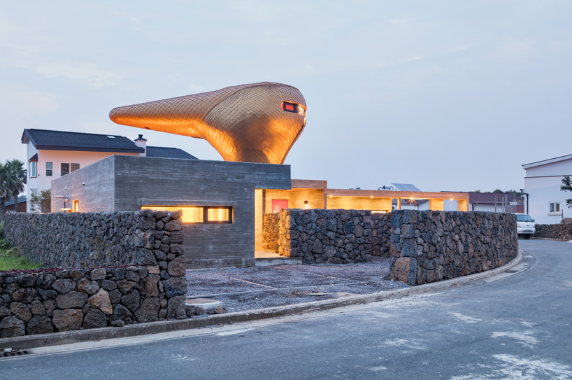 moon-hoon-wind-house-duck-hairdryer-volcanic-jeju-island-south-korea-designboom-11