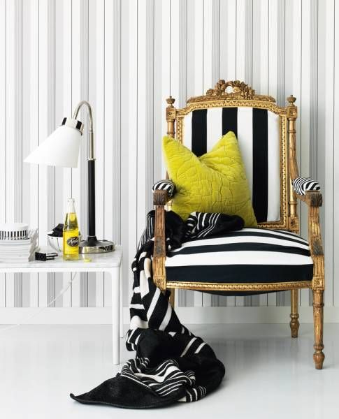 ways-to-incorporate-antique-chairs-into-modern-decor-15