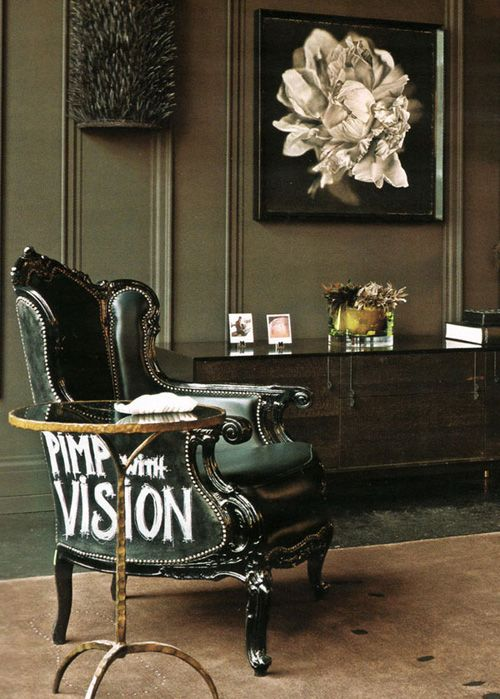 ways-to-incorporate-antique-chairs-into-modern-decor-22