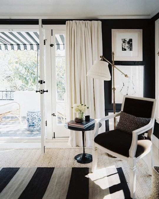 ways-to-incorporate-antique-chairs-into-modern-decor-3