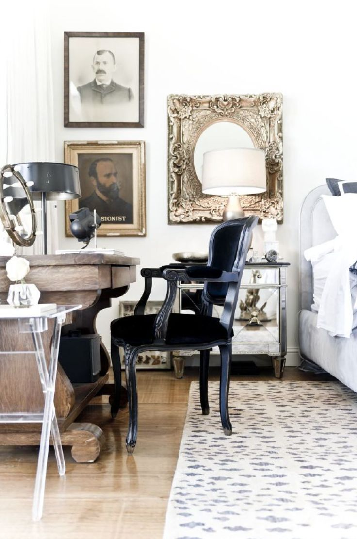 ways-to-incorporate-antique-chairs-into-modern-decor-9