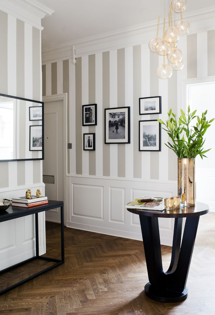 7-smart-tips-to-visually-expand-a-small-room-4