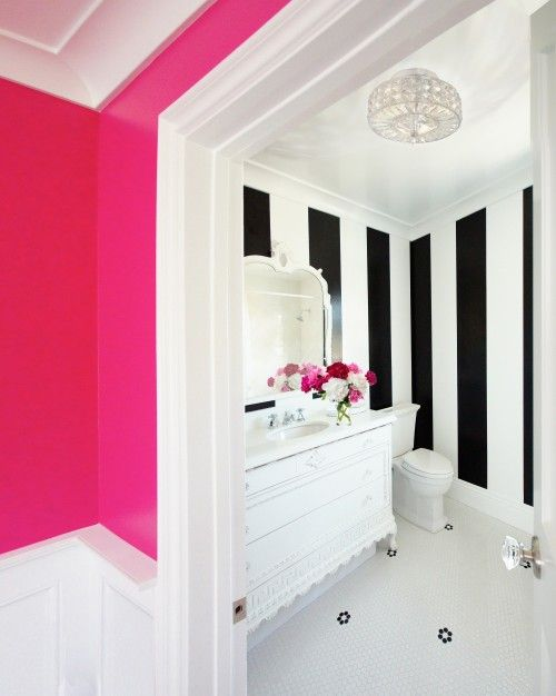 7-smart-tips-to-visually-expand-a-small-room-5