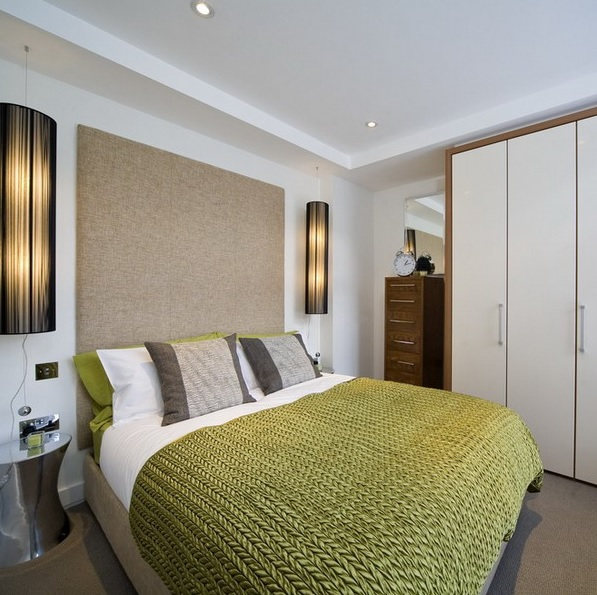 8-practical-tips-to-visually-expand-a-small-bedroom-1