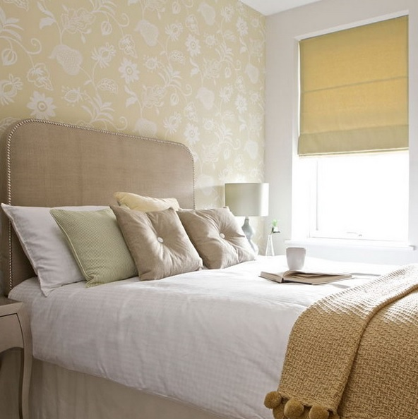 8-practical-tips-to-visually-expand-a-small-bedroom-11