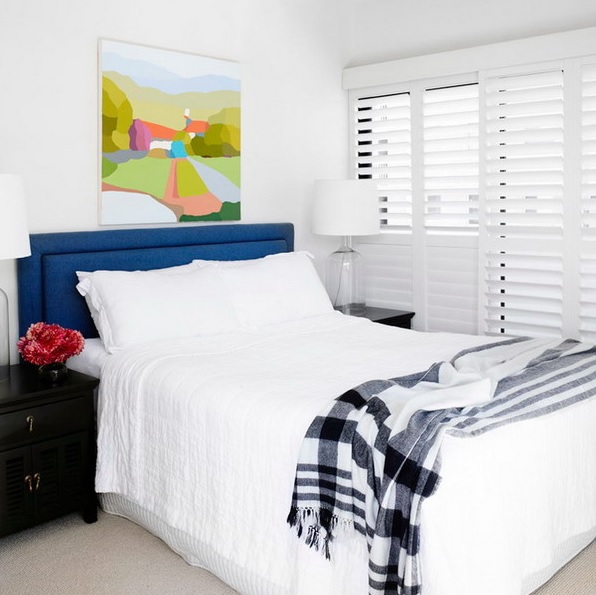 8-practical-tips-to-visually-expand-a-small-bedroom-15