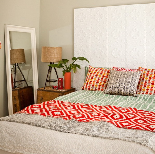 8-practical-tips-to-visually-expand-a-small-bedroom-2