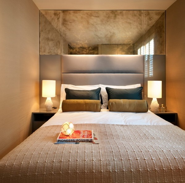 8-practical-tips-to-visually-expand-a-small-bedroom-4