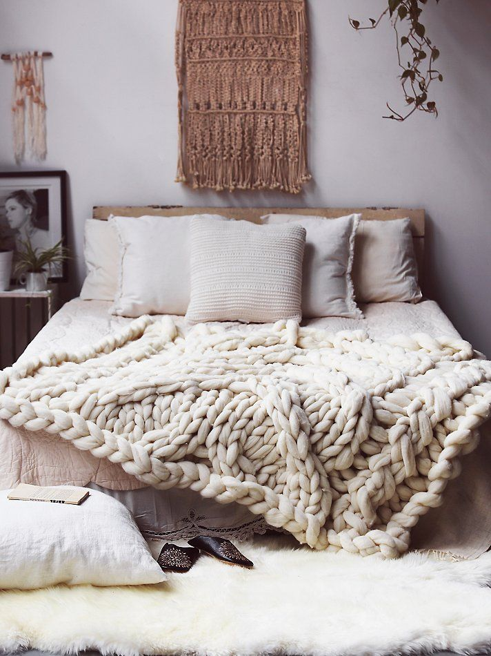 how-to-make-your-bedroom-relaxing-7-tips-and-examples-25