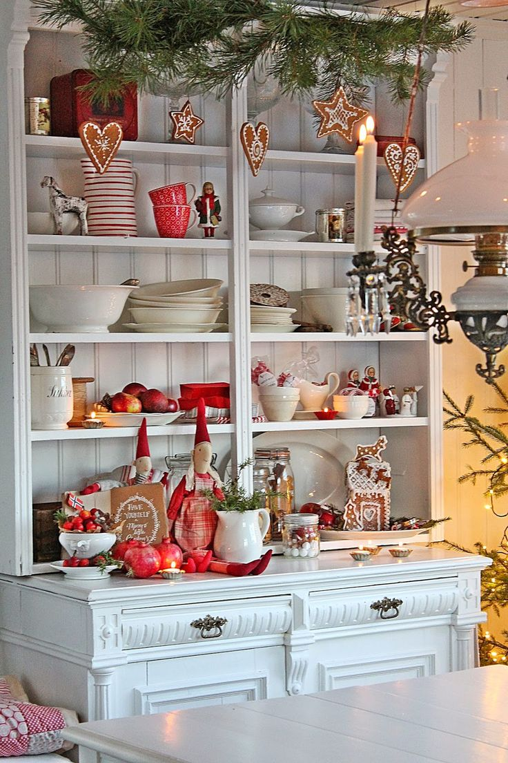 how-to-spruce-up-your-kitchen-for-winter-ideas-18