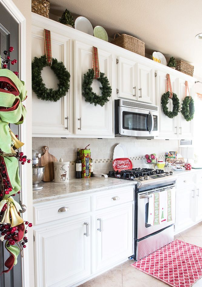 how-to-spruce-up-your-kitchen-for-winter-ideas-19