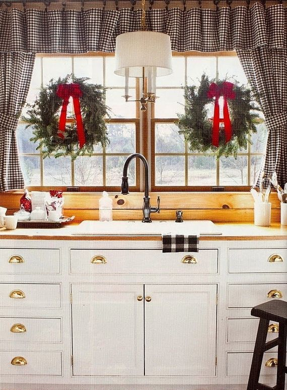 how-to-spruce-up-your-kitchen-for-winter-ideas-24
