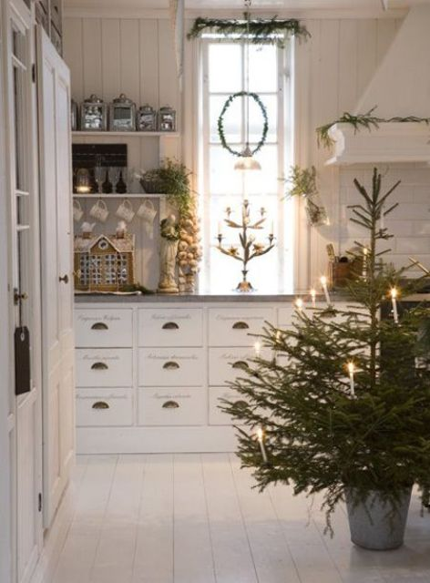 how-to-spruce-up-your-kitchen-for-winter-ideas-8
