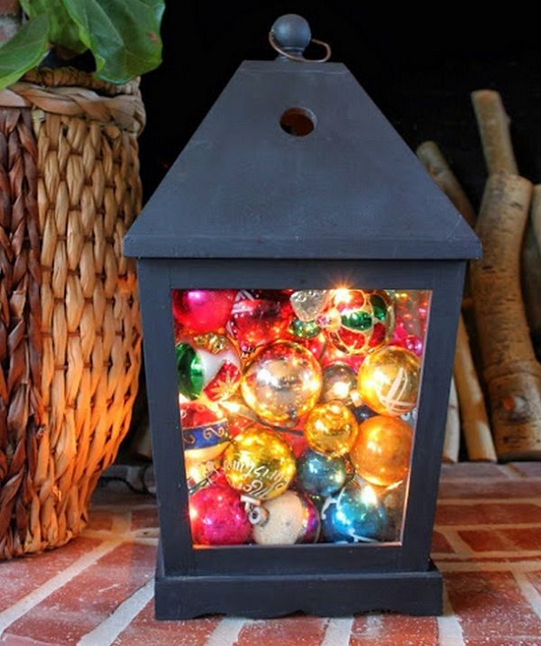how-to-use-christmas-ornaments-in-home-decor-ideas-1