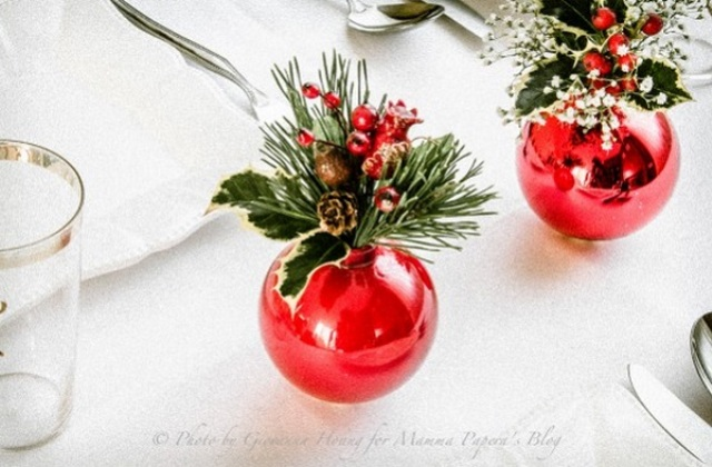 how-to-use-christmas-ornaments-in-home-decor-ideas-19