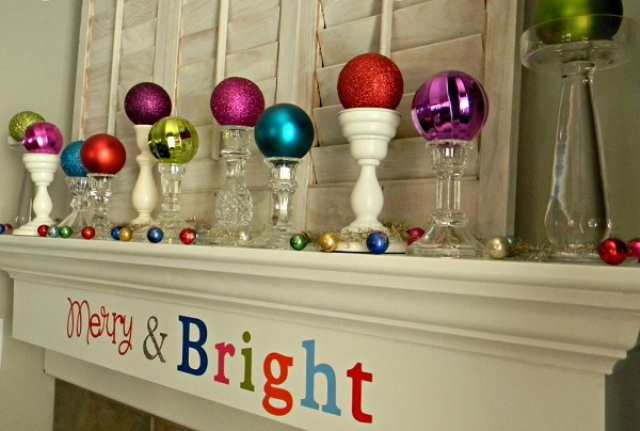 how-to-use-christmas-ornaments-in-home-decor-ideas-22