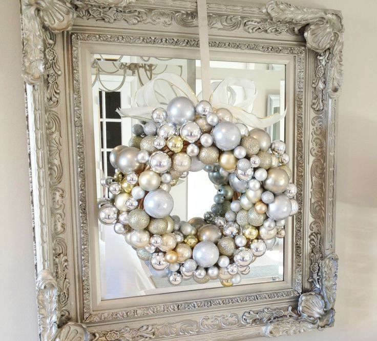 how-to-use-christmas-ornaments-in-home-decor-ideas-27