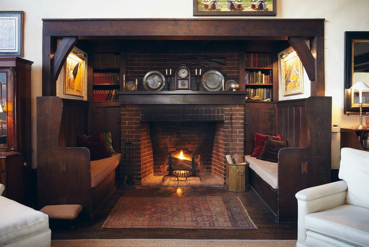 incredibly-cozy-fireplace-nooks-to-curl-in-2