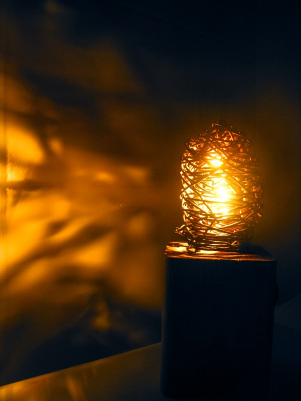 industrial-wood-and-metal-eco-lamp-from-scraps-4