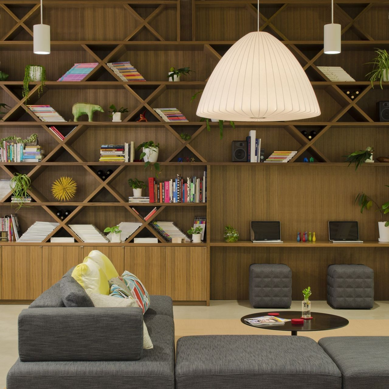 modern-home-library-designs-that-stand-out-11