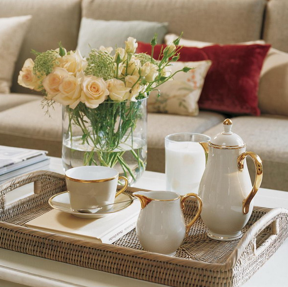 stylish-and-practical-coffee-table-decor-ideas-10