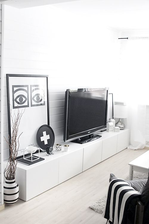 ways-to-use-ikea-besta-units-in-home-decor-12