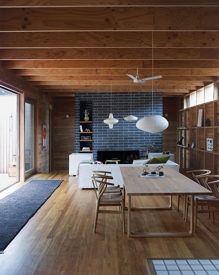 wood-clad-interior-ideas-to-warm-up-in-the-winter-22