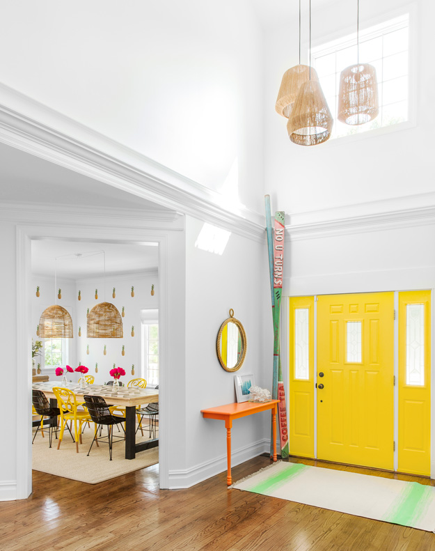 bold-and-fun-westhapmton-beach-playhouse-1