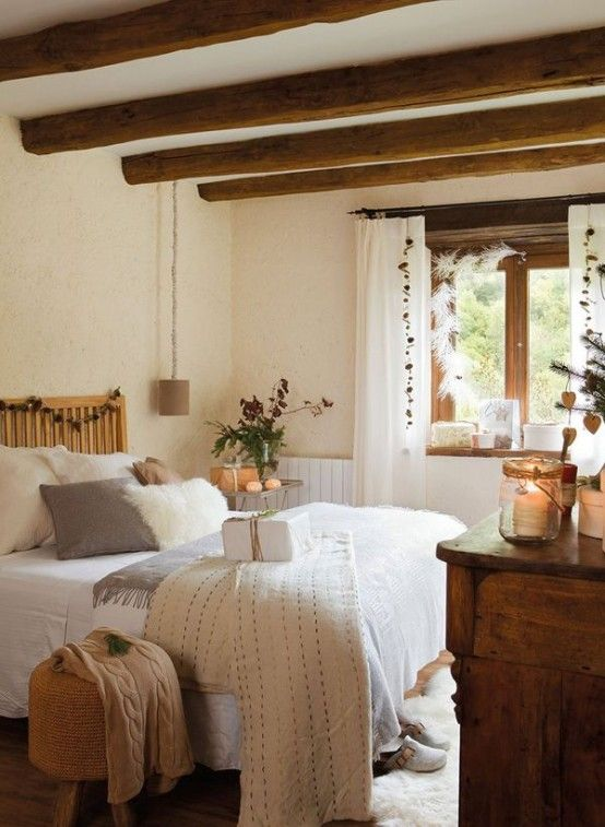 chic-bedroom-designs-with-exposed-wooden-beams-19