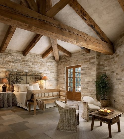 chic-bedroom-designs-with-exposed-wooden-beams-21