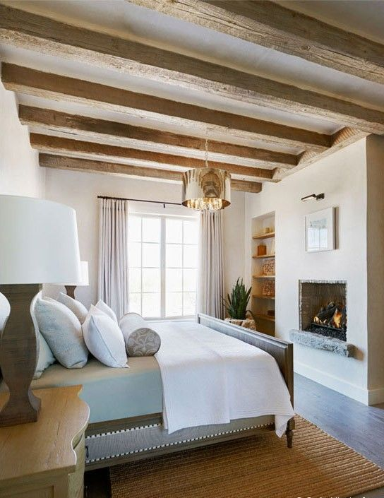 chic-bedroom-designs-with-exposed-wooden-beams-34