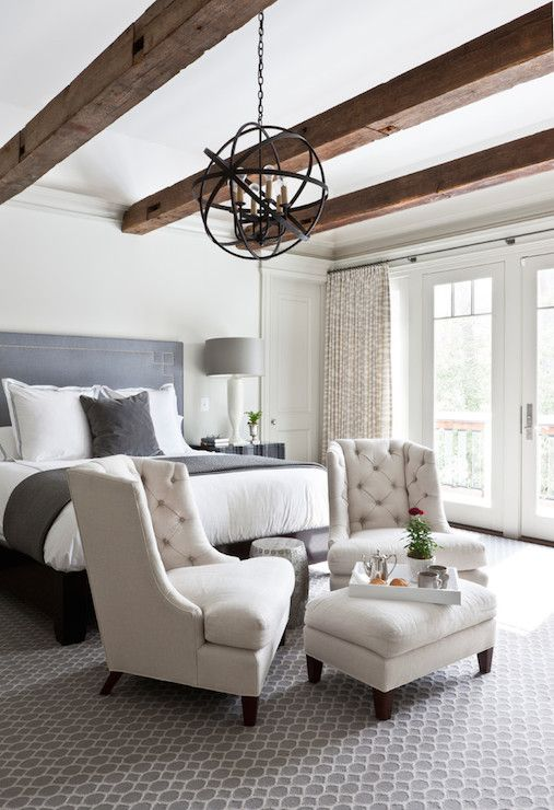 chic-bedroom-designs-with-exposed-wooden-beams-5