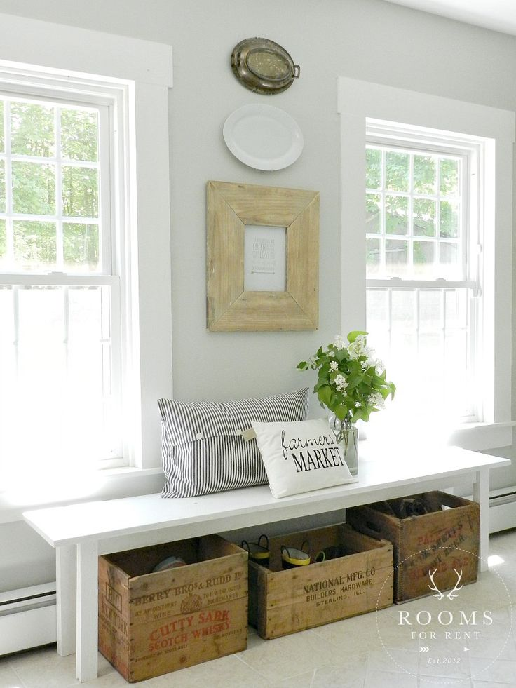 cozy-and-simple-farmhouse-entryway-decor-ideas-11