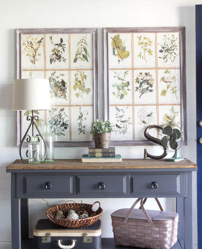cozy-and-simple-farmhouse-entryway-decor-ideas-26