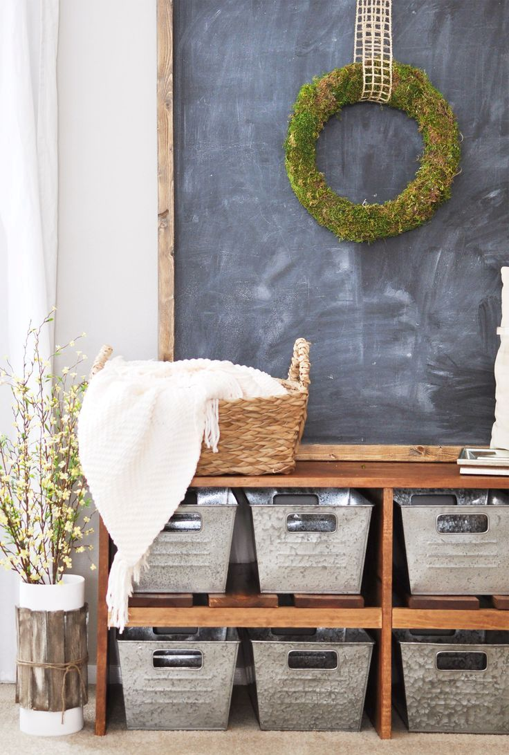 cozy-and-simple-farmhouse-entryway-decor-ideas-3
