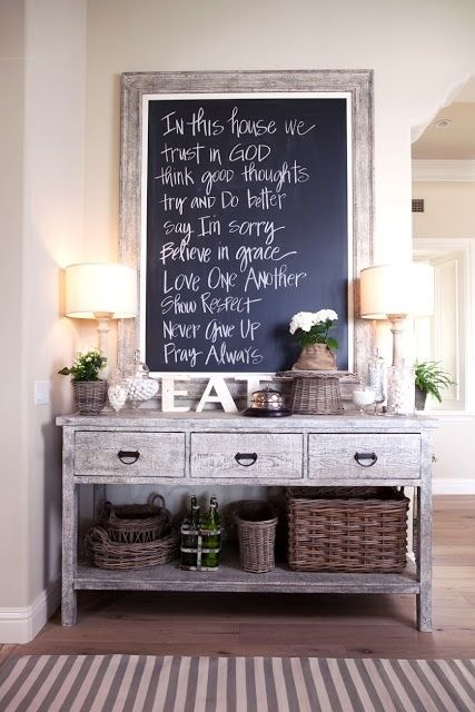 cozy-and-simple-farmhouse-entryway-decor-ideas-8