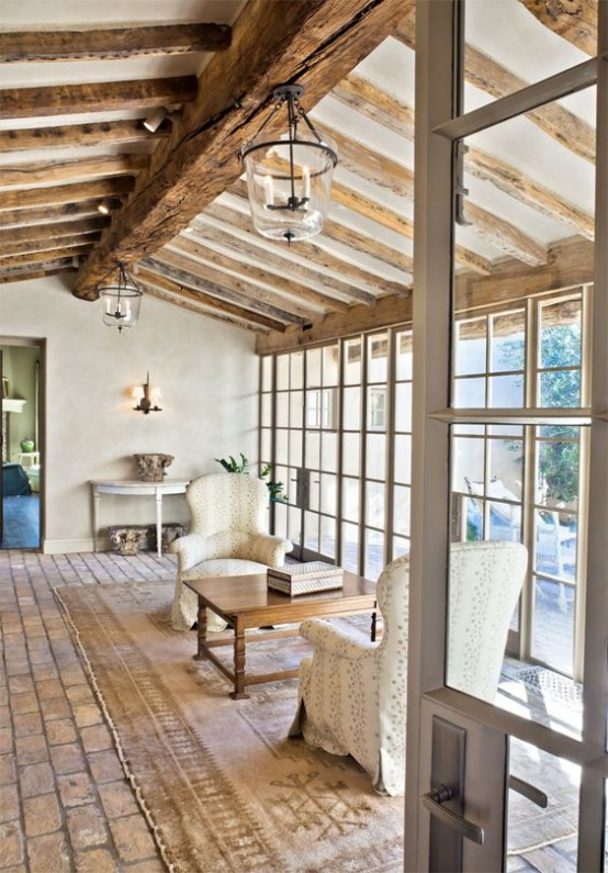 cozy-living-room-designs-with-exposed-wooden-beams-17-554x795