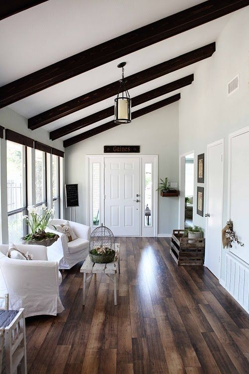 cozy-living-room-designs-with-exposed-wooden-beams-6