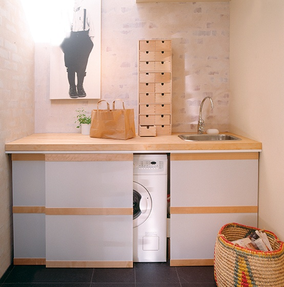 creative-ways-to-hide-a-washing-machine-in-your-home-10