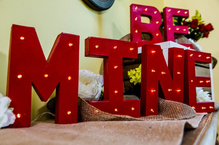 cute-valentines-day-marquee-ideas-for-your-home-24