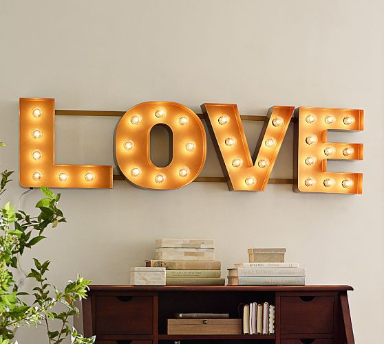 cute-valentines-day-marquee-ideas-for-your-home-26