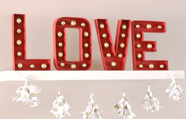 cute-valentines-day-marquee-ideas-for-your-home-5
