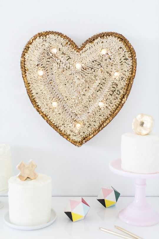 cute-valentines-day-marquee-ideas-for-your-home-7