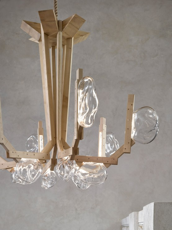 fungo-chandelier-inspired-by-mushrooms-growing-on-wood-3-554x740