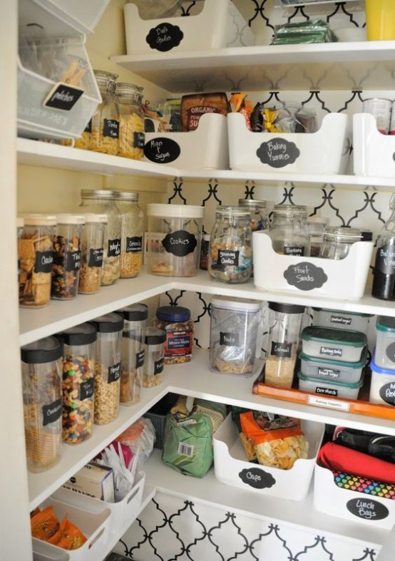 how-to-organize-your-pantry-easy-and-smart-ideas-20-554x787