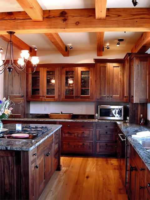 inviting-kitchen-designs-with-exposed-wooden-beams-18