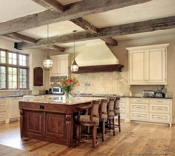 inviting-kitchen-designs-with-exposed-wooden-beams-31